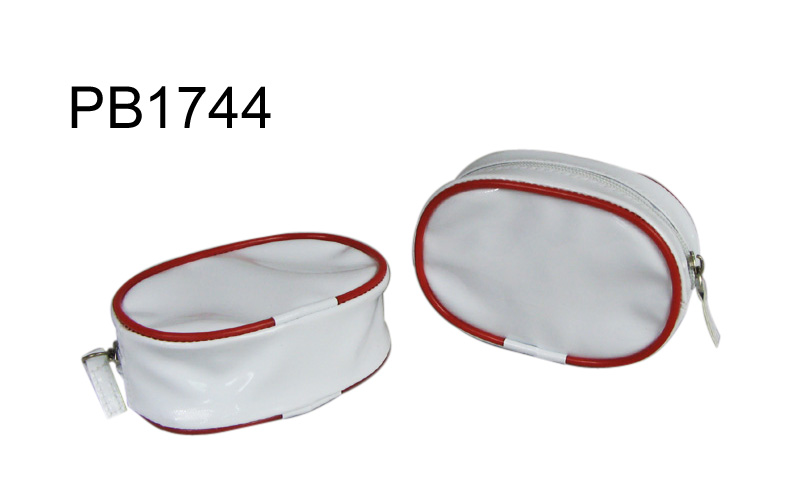 PB1744