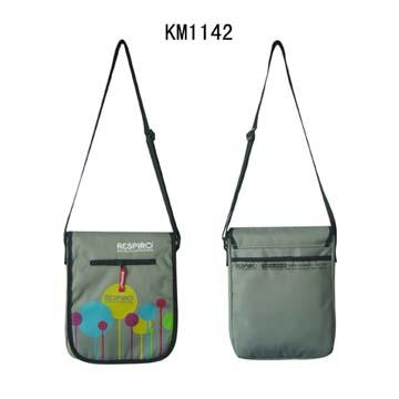 KM1142